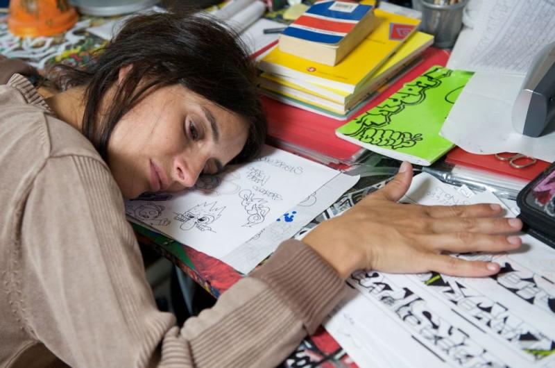 Simonetta Solder in una scena del film Sbirri