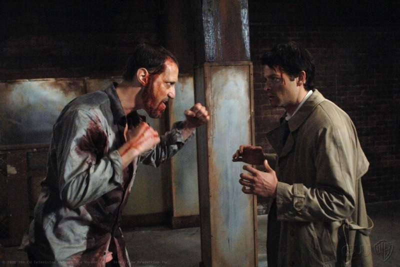 Christopher Heyerdahl e Misha Collins nell'episodio On the Head of a Pin di Supernatural