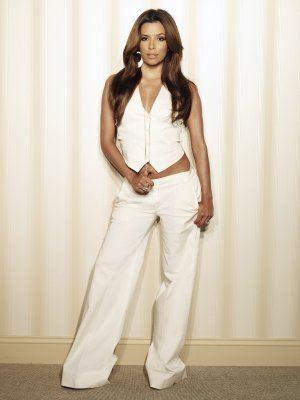 Desperate Housewives: Eva Longoria Parker è la ex-top model Gabrielle Solis in una foto promozionale della quinta stagione della serie televisiva.