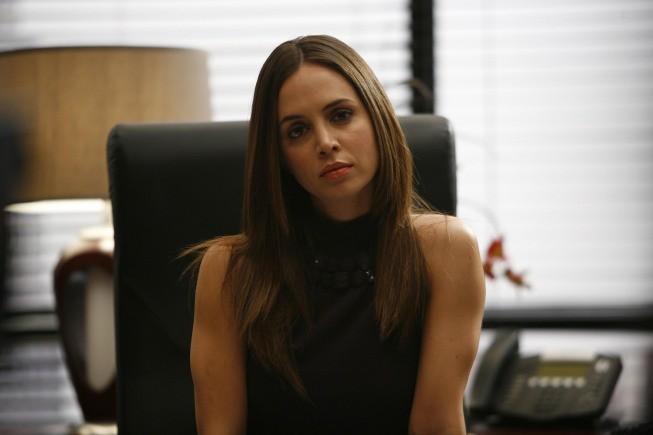 Eliza Dushku in una scena dell'episodio Spy in the House of Love di Dollhouse