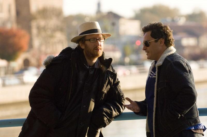 Il regista James Gray e Joaquin Phoenix sul set del film film Two Lovers