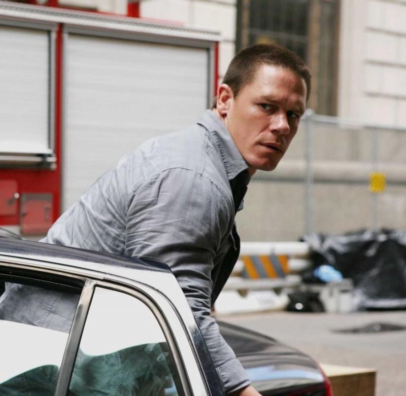 John Cena è il detective Danny Fisher nel film 12 Rounds