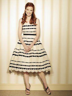 Marcia Cross è la rossa Bree Van De Kamp in una immagine promo della quinta stagione di Desperate Housewives