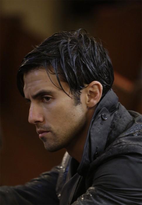 Milo Ventimiglia in una scena tratta da Into Asylum dalla terza stagione di Heroes