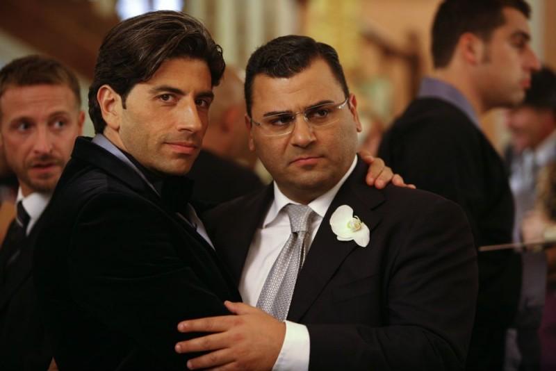 Claudio Castrogiovanni e Sergio Friscia in una scena della serie tv Squadra Antimafia - Palermo oggi