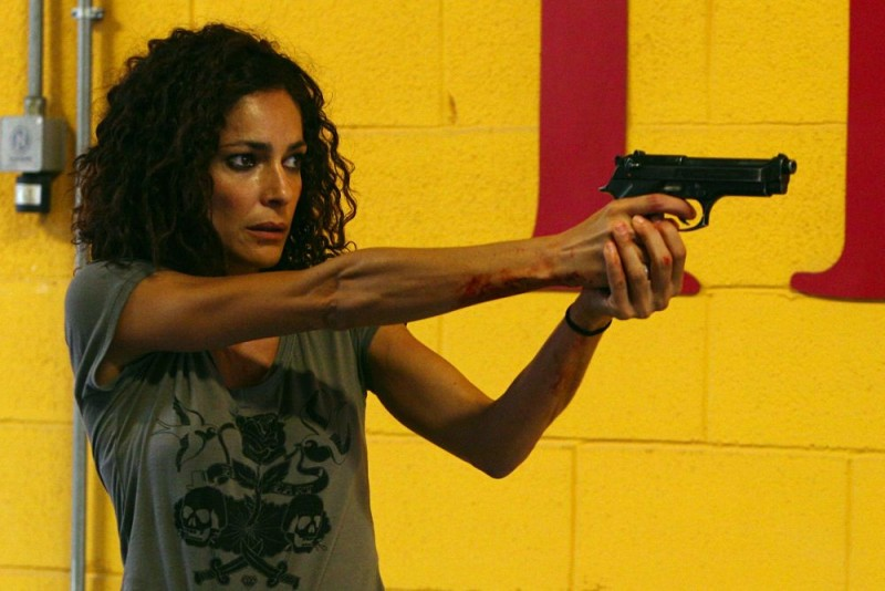 Simona Cavallari in un'immagine della serie tv Squadra Antimafia - Palermo oggi