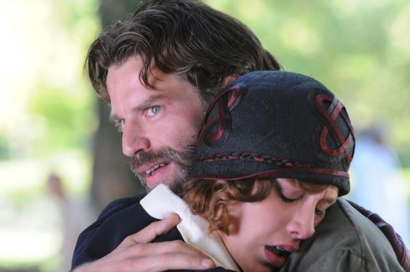 Johannes Brandrup e Gabriella Pession sono i due protagonisti del film Lo smemorato di Collegno
