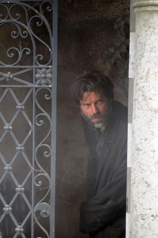 Johannes Brandrup è il protagonista del film tv Lo smemorato di Collegno