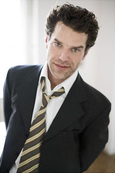 L'attore Johannes Brandrup