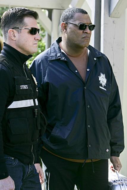 Laurence Fishburn insieme a George Eads in un momento dell'episodio 'No Way Out' della nona stagione di CSI