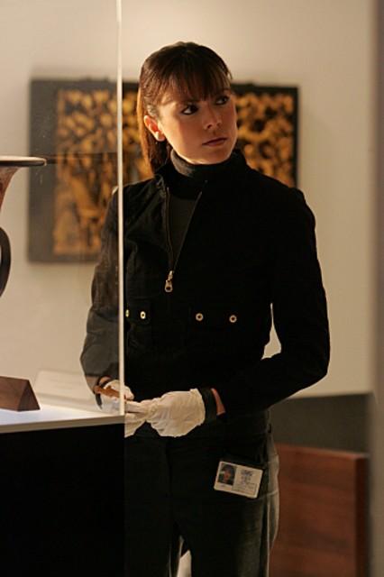 Liz Vassey nell'episodio 'Kill me if you can' della serie televisiva CSI: Crime Scene Investigation