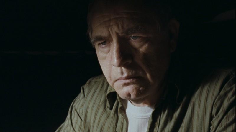 Brian Cox in una scena del film Prison Escape