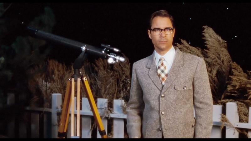 Eric McCormack è il protagonista del film Alien Trespass
