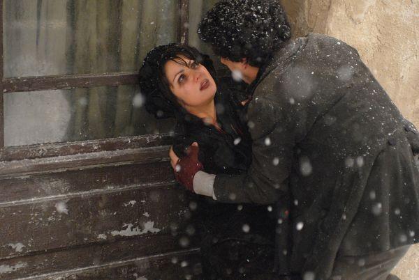 Le star Anna Netrebko e Rolando Villazón in un'immagine de La Bohème - Il film