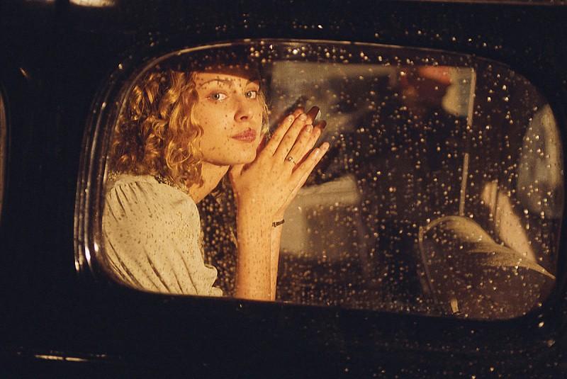 Nora Arnezeder in un'immagine di Faubourg 36