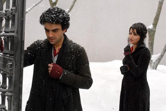 Rolando Villazón e Anna Netrebko in un'immagine del film La Bohème