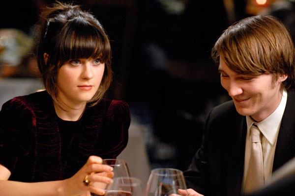 Zooey Deschanel e Paul Dano in una scena del film Gigantic