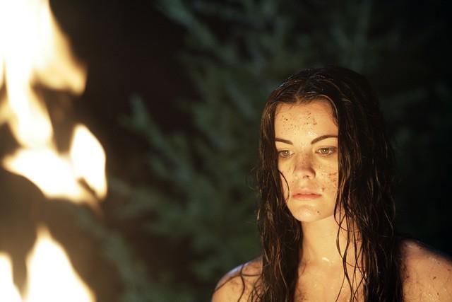 Jaimie Alexander in una scena della serie Kyle XY, episodio: The Homecoming