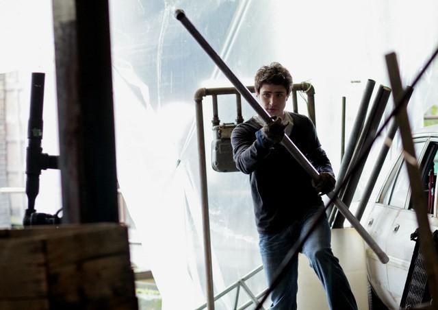 Matt Dallas in una scena dell'episodio 'Balancing Act' della seconda stagione della serie tv Kyle XY