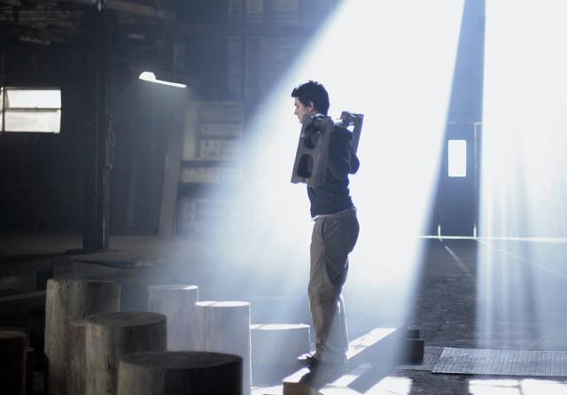 Matt Dallas in una scena dell'episodio 'Equilibri Precari' della seconda stagione della serie tv Kyle XY
