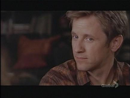 Gordon Michael Woolvett nella serie televisiva The Guard