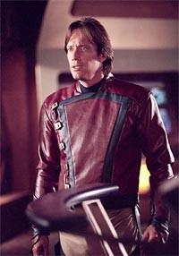 Kevin Sorbo nella serie TV Andromeda (Capitano Dylan Hunt)