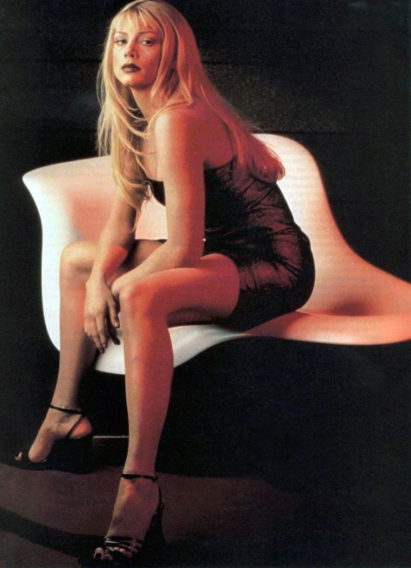Peta Wilson è Nikita nella serie tv ispirata al film di Luc Besson