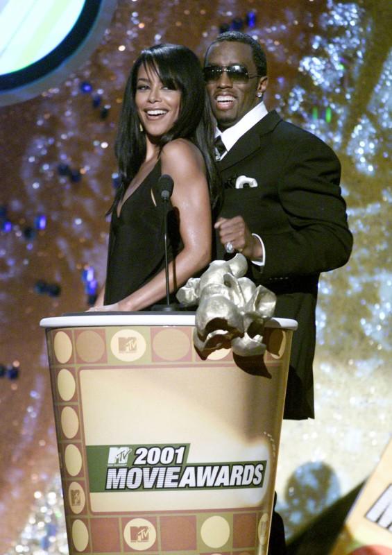Aaliyah e Puff Daddy ai MTV Movie Awards 2001
