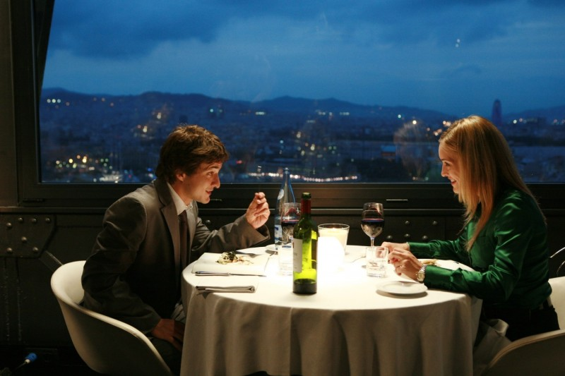 Alessandro Tiberi e Carolina Crescentini in una sequenza del film Generazione mille euro