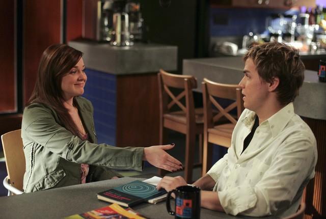 April Matson e Chris Olivero in una scena dell'episodio 'Does Kyle Dream of Electric Fish?' della seconda stagione di Kyle XY