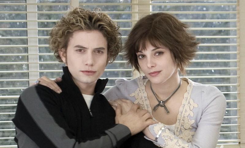 Jackson Rathbone e Ashley Greene nei panni di Jasper e Alice in Twilight
