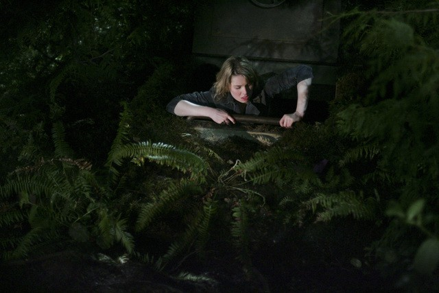 Kirsten Prout in un momento dell'episodio 'Fantasmi' della seconda stagione di Kyle XY