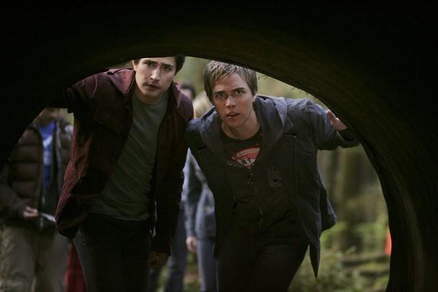 Matt Dallas e Chris Olivero  in una scena dell'episodio 'Fantasmi' della seconda stagione di Kyle XY