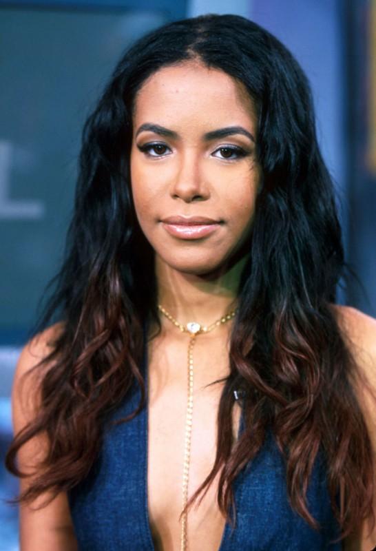 Un primo piano di Aaliyah