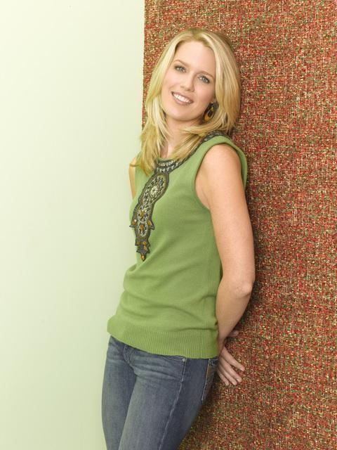 Una foto promozionale di Jessica St. Clair per la sitcom In the Motherhood