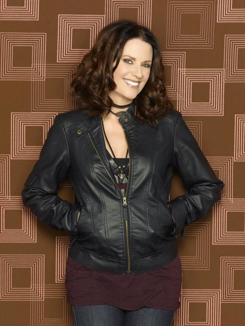 Una foto promozionale di Megan Mullally per la serie In the Motherhood