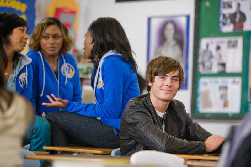 Zac Efron in una sequenza del film 17 Again - Ritorno al Liceo