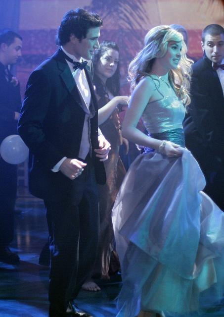 Kirsten Prout e Matt Dallas nel finale della seconda stagione di Kyle XY: I've Had the Time of my Life