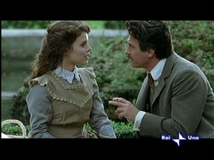 Pamela Saino nel ruolo di Doria Manfredi accanto ad Alessio Boni nella fiction Puccini.