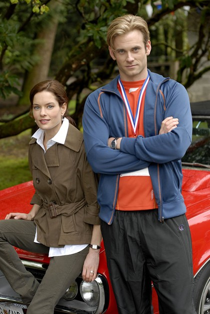 Gina Holden e Eric Johnson nel serial Flash Gordon