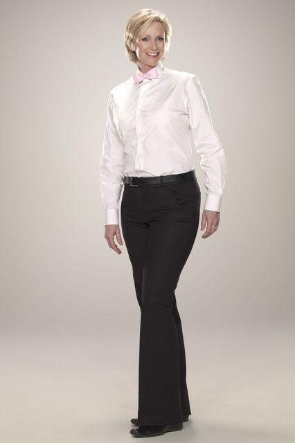 Jane Lynch in una foto promozionale di Party Down