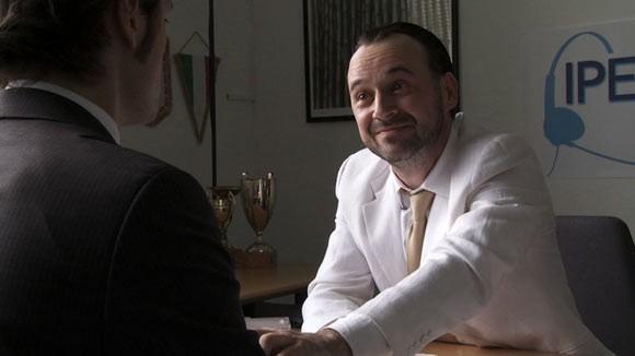 Paolo Pierobon in un'immagine del film Fuga dal call center
