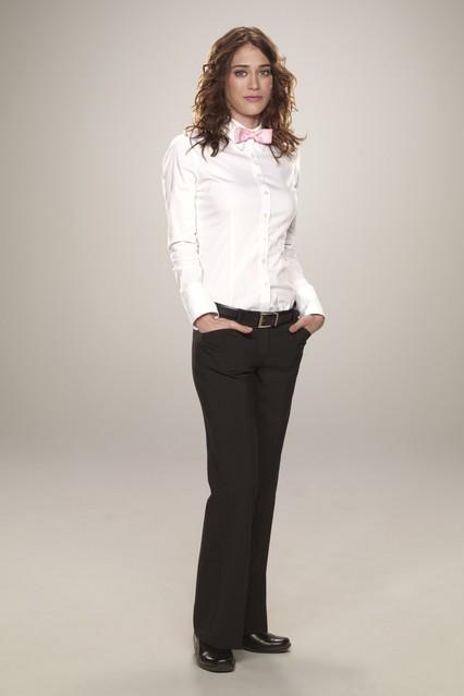 Una foto promozionale di Lizzy Caplan per la serie TV Party Down