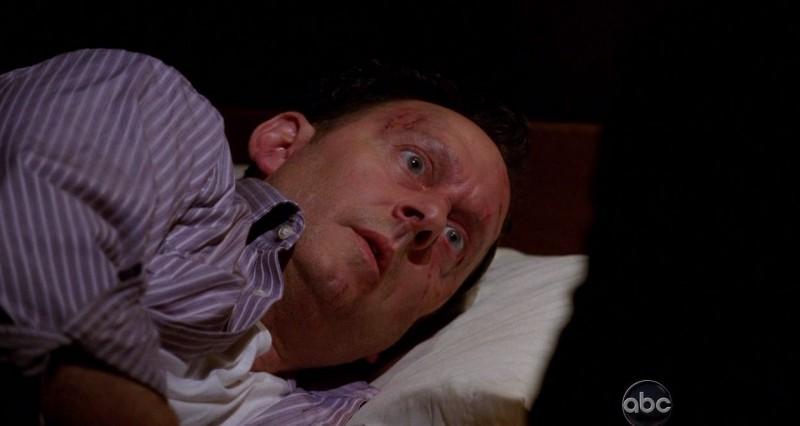 Michael Emerson in una scena dell'episodio Dead is Dead di Lost