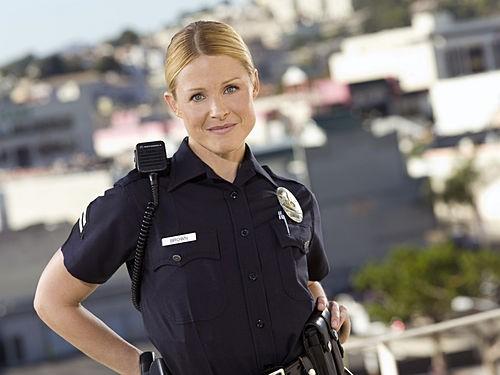 Arija Bareikis è Chickie nella serie TV Southland