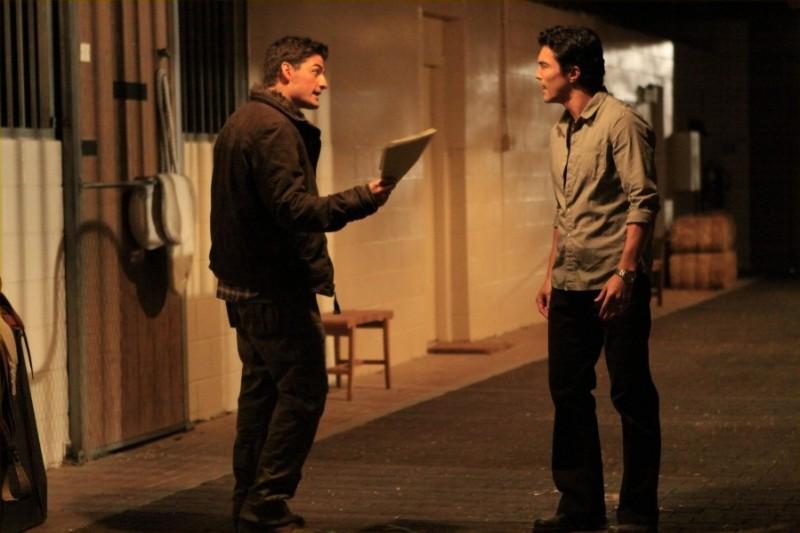 Enver Gjokaj in una scena dell'episodio Haunted di Dollhouse