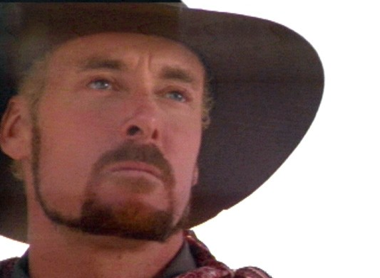 John C. McGinley in in una scena del film Wagons East, del '94