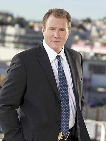 Michael McGrady è Sal nella serie TV Southland