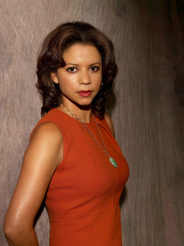Gloria Reuben è Rosalind Whitman in Avvocati a New York