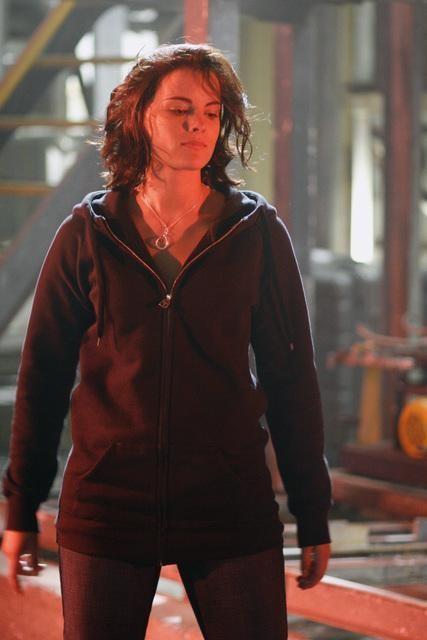 Jaimie Alexander in un momento dell'episodio d'apertura della terza stagione di Kyle XY: It happened one night